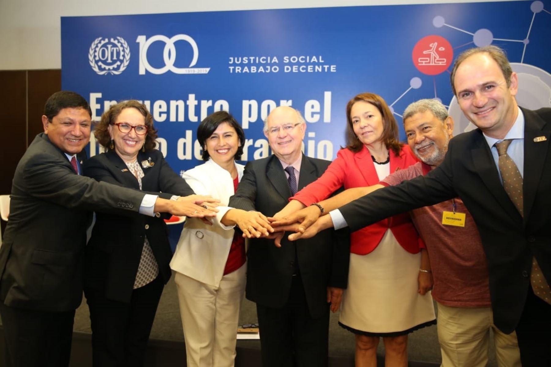 Ministra de Trabajo y Promoción del Empleo, Sylvia Cáceres, participó en evento de la OIT. Foto: Cortesía.