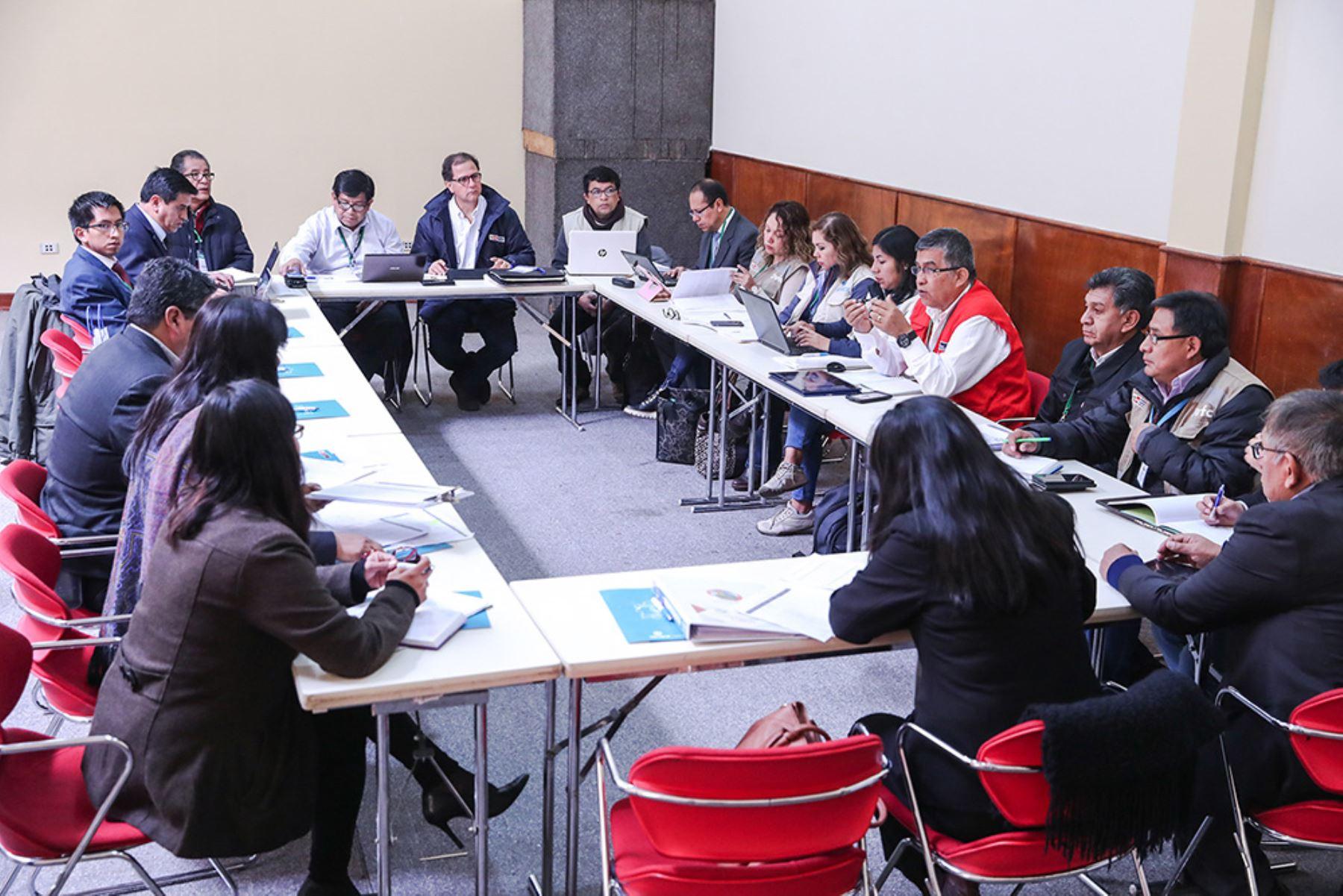 Durante reunión con los alcaldes del Cusco, el ministro Francisco Ísmodes afirmó que masificar el uso del gas en el sur del país es una prioridad del Gobierno.