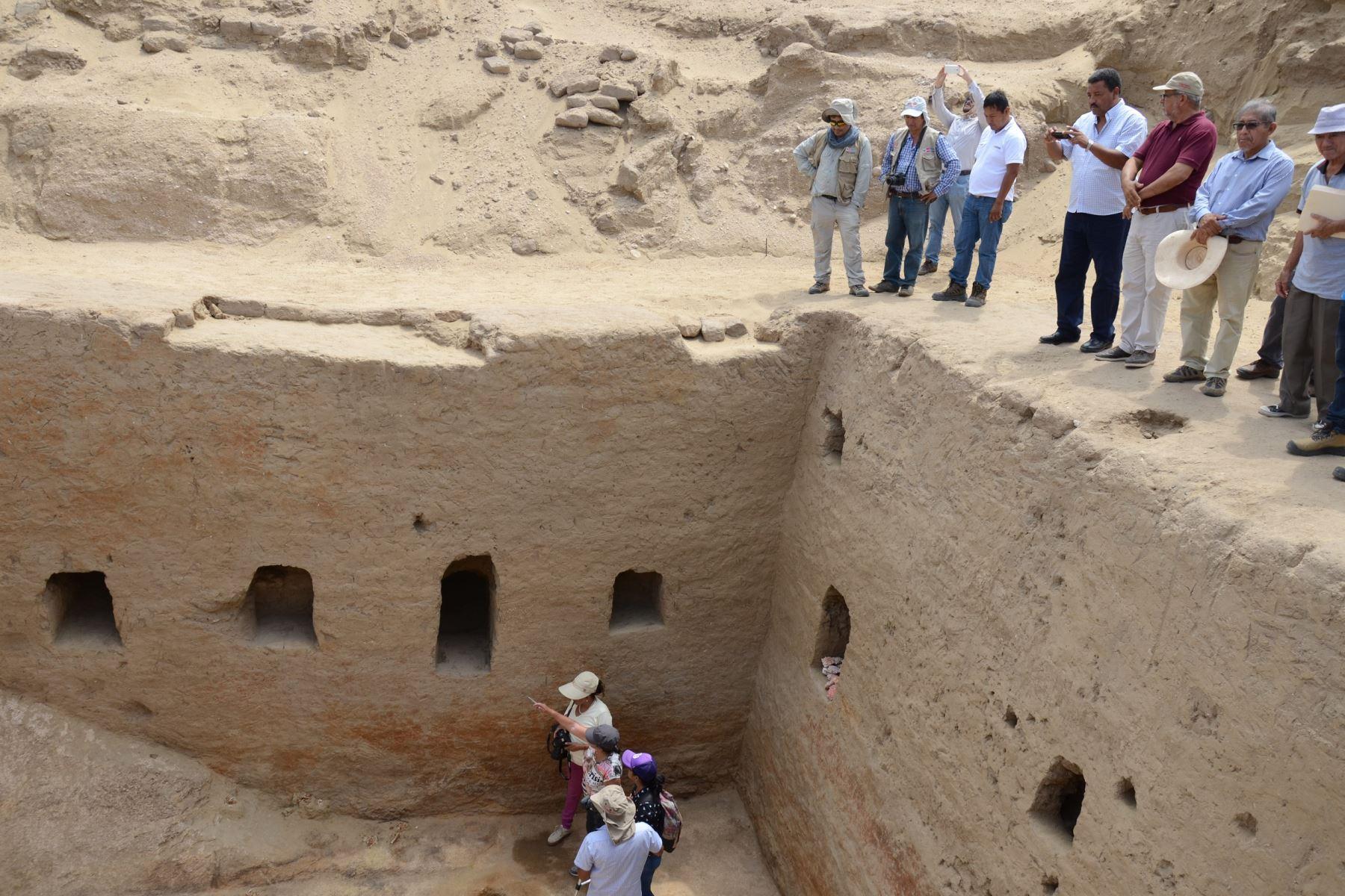 Tumba inca descubierta en complejo arqueológico Mata Indio, en Lambayeque, es un hallazgo trascendental, afirma arqueólogo, Luis Chero. ANDINA