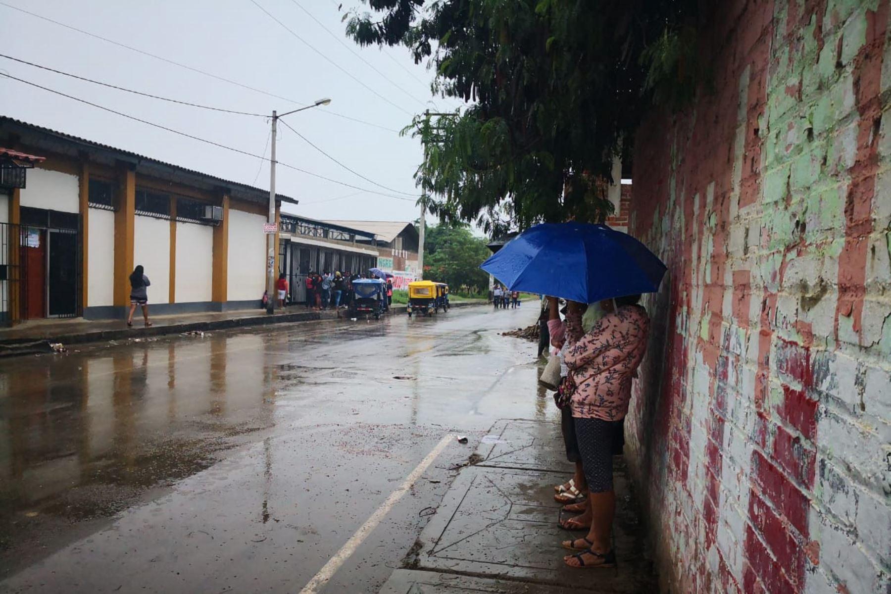 Los distritos de San Martín (San Martín) y San Jacinto (Tumbes) alcanzaron los mayores acumulados de lluvia a nivel nacional, al registrar cada uno 71 y 52.5 milímetros de agua por día en las estaciones Alao y Huasimo del Servicio Nacional de Meteorología e Hidrología (Senamhi). ANDINA