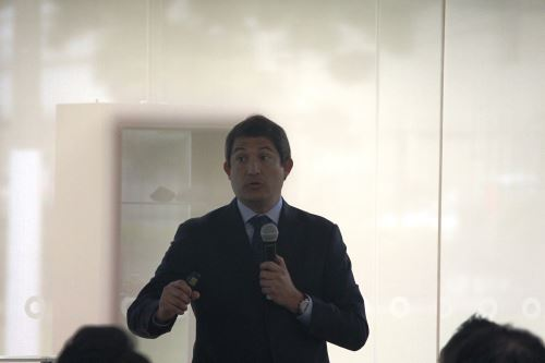 Vicepresidente de Asuntos Corporativos de la empresa Anglo American, Diego Ortega.