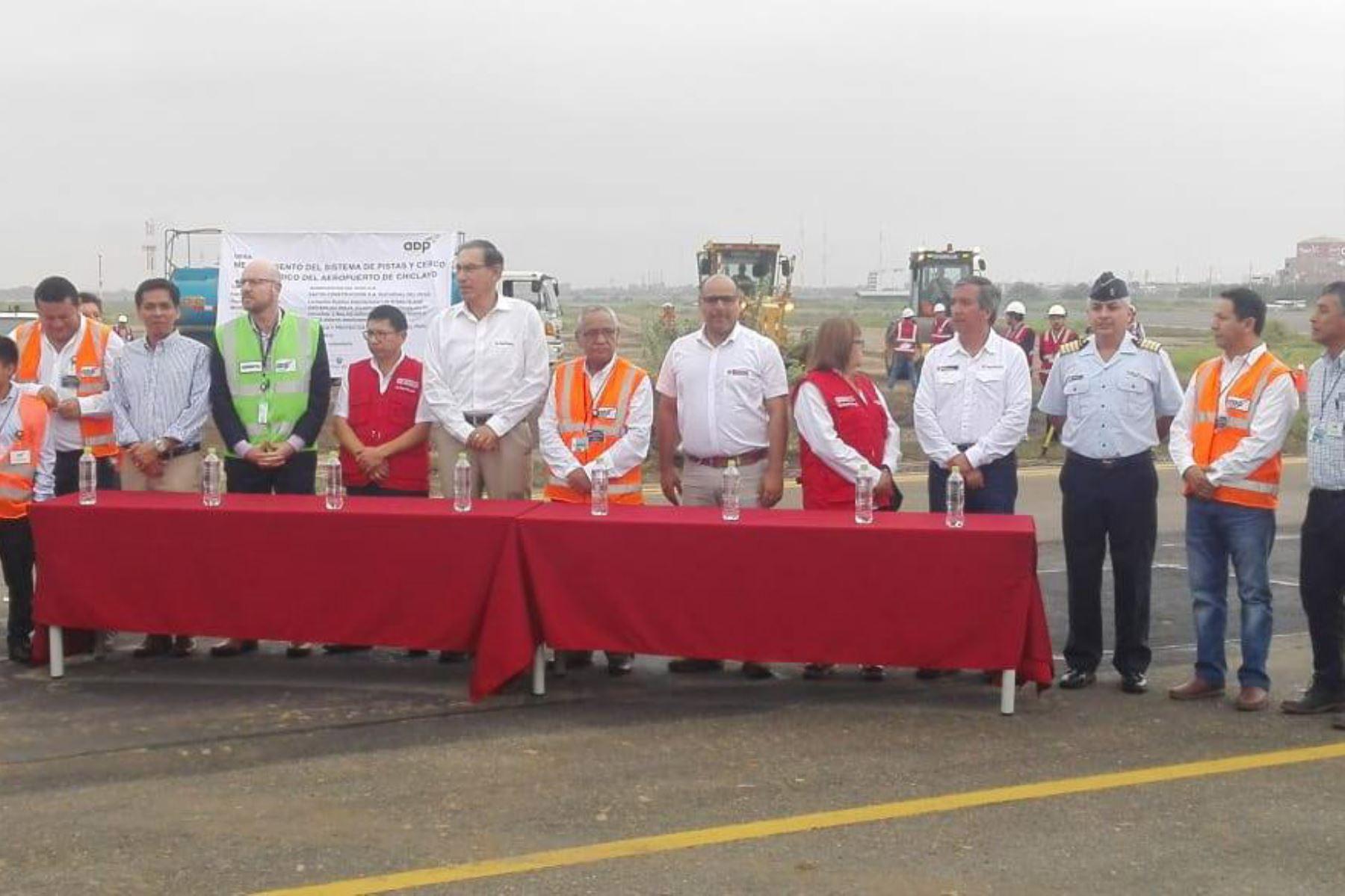 El presidente Martín Vizcarra dio inicio ayer a las obras de modernización del aeropuerto de Chiclayo.