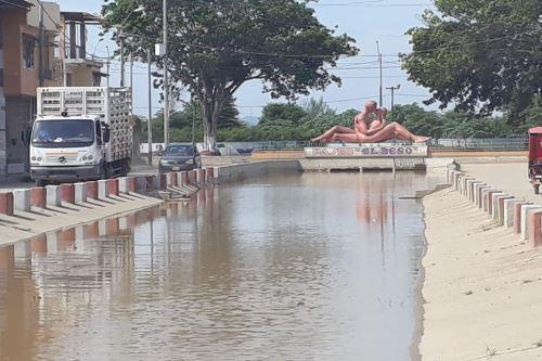 Desborde del río Tumbes inunda calles del barrio de Bellavista. ANDINA/Difusión