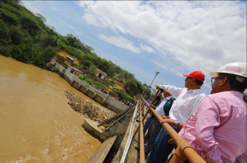 Presidente Vizcarra llega a Tumbes para inspeccionar zonas afectadas por lluvias
