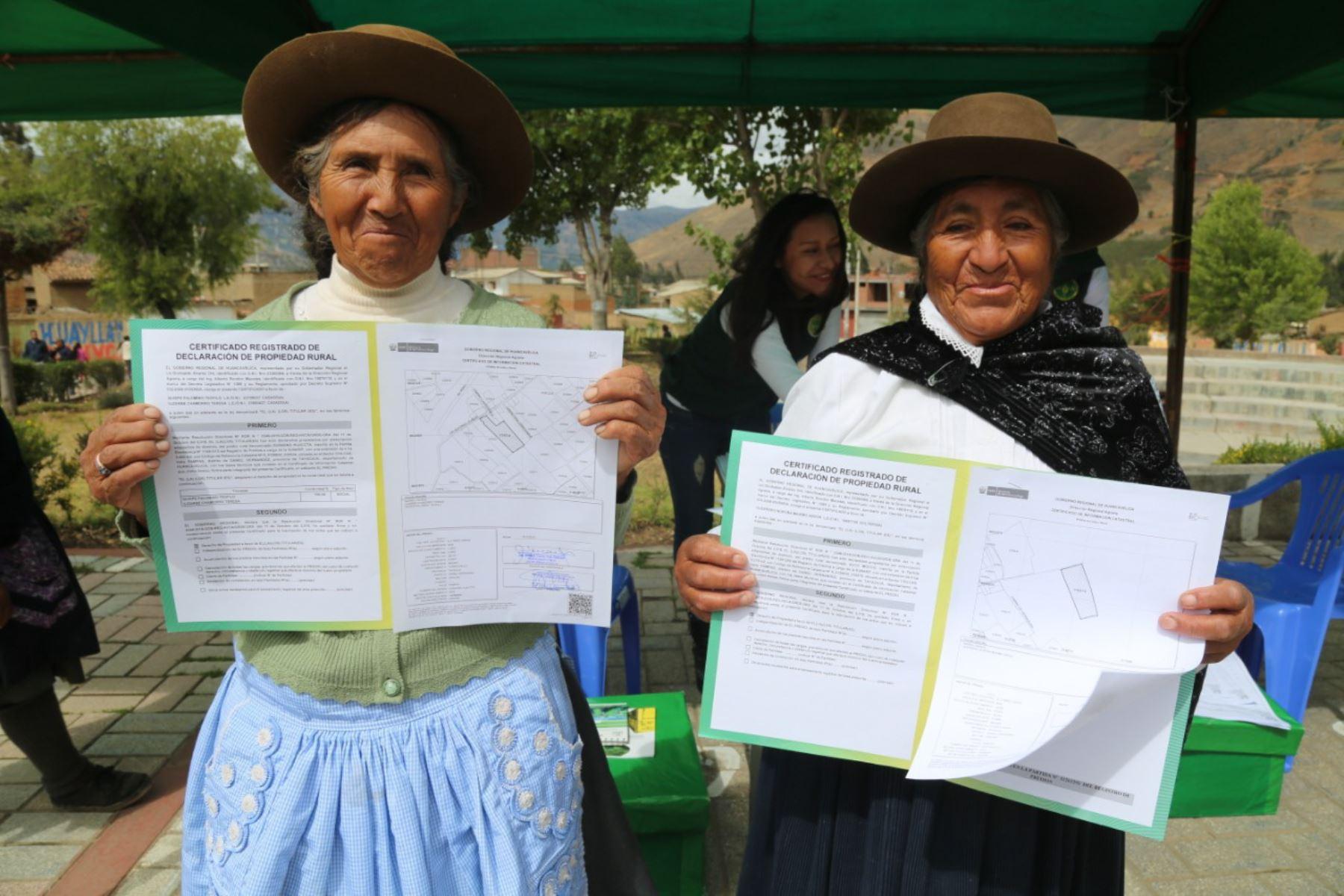El Ministerio de Agricultura y Riego tiene previsto titular este año más de 38,000 predios rurales.