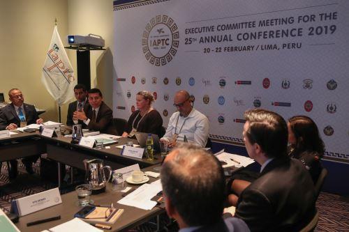 Viceministro de Políticas para la Defensa y delegados de 10 países participan esta semana en Lima en una de reunión preparatoria para definir detalles de la Conferencia Anual. Foto: Mindef