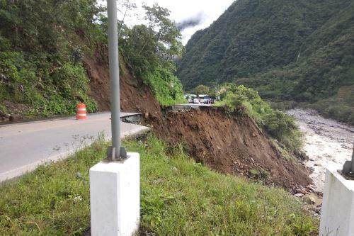 Al menos tres tramos de la vía Interoceánica Sur han colapsado por intensas lluvias y han dejado aisladas a las regiones de Cusco y Madre de Dios. Foto: Municipalidad de Camanti