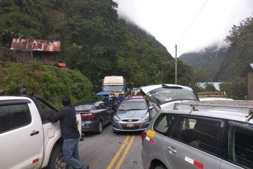 Intensas lluvias han provocado el colapso de varios tramos de la carretera Interoceánica Sur. Foto: Municipalidad de Camanti