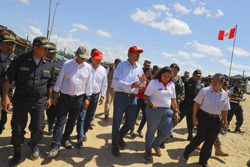 Presidente Vizcarra supervisò acciones que realizaron en la Operación Mercurio 2019 contra la minería ilegal en Madre de Dios