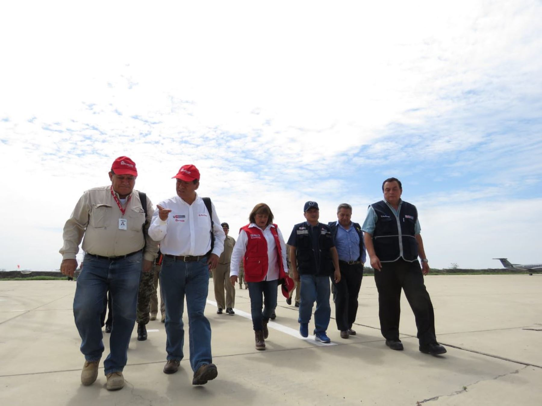 Ministra de Salud, Zuelma Tomás, supervisa acciones de prevención ante la crecida del río Piura