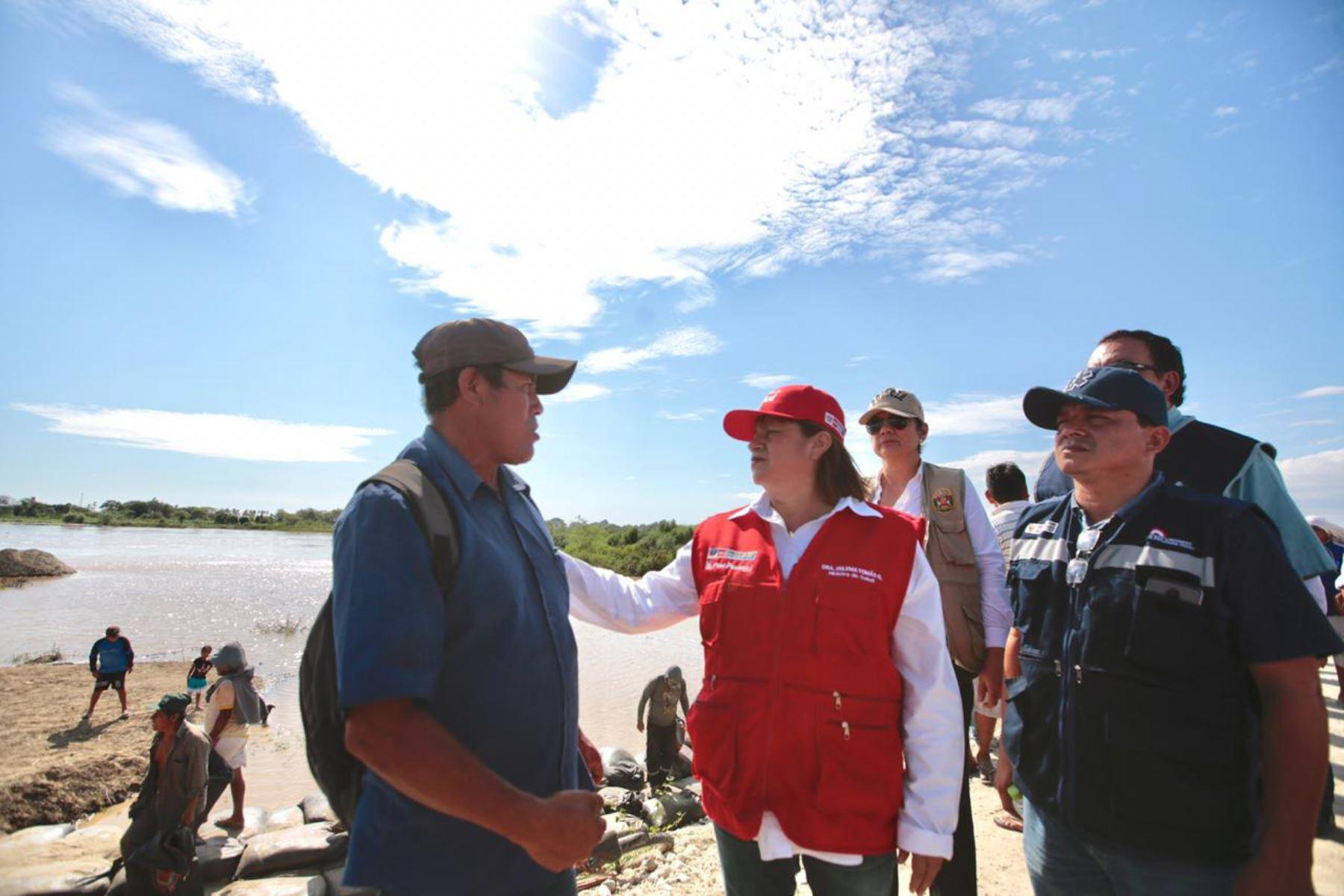 La ministra de Salud, Zulema Tomás, se encuentra en la región Piura para coordinar acciones ante eventuales emergencias por lluvias.