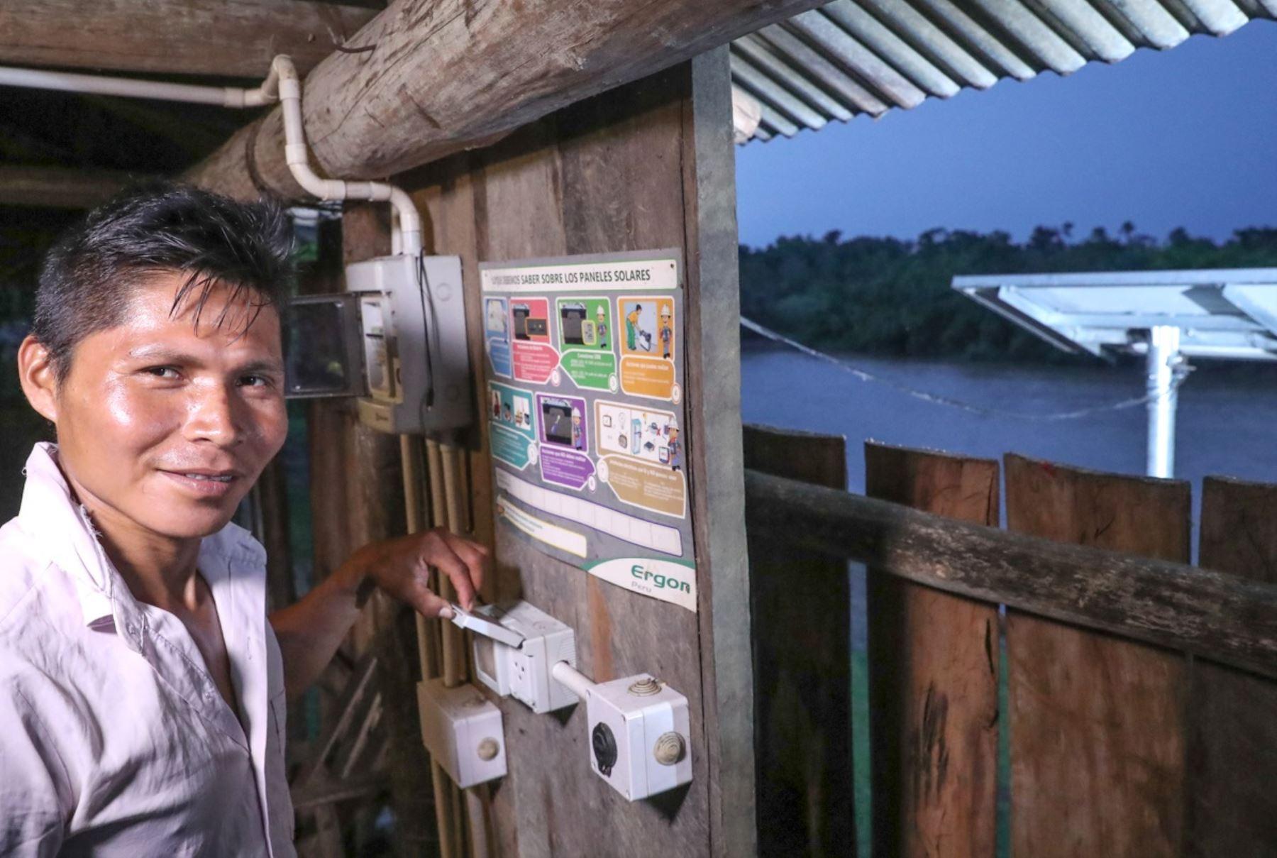 Electrificación rural en la selva. Foto: Cortesía.