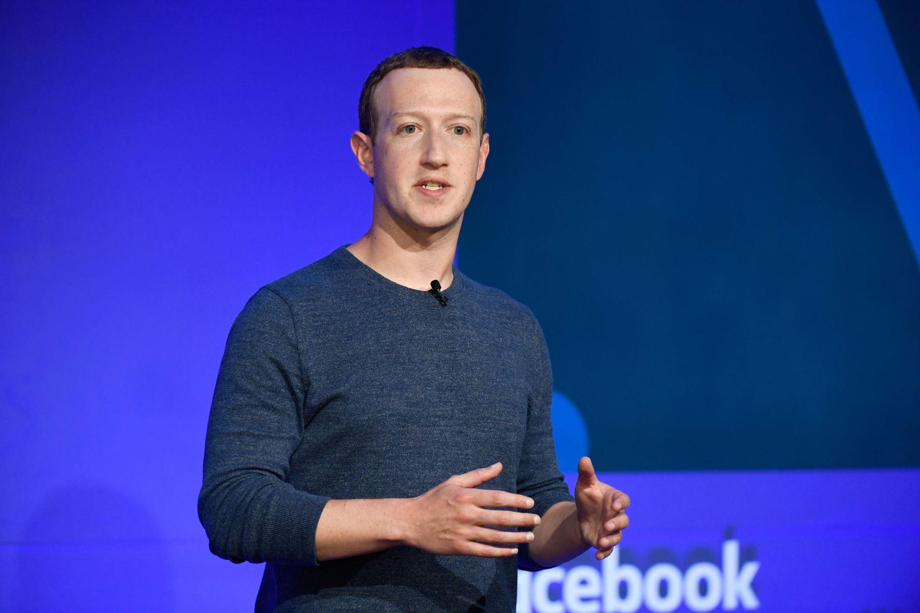 Foto de archivo tomada el 23 de mayo de 2018, donde el CEO de Facebook, Mark Zuckerberg, habla durante una conferencia de prensa en París. Foto: AFP