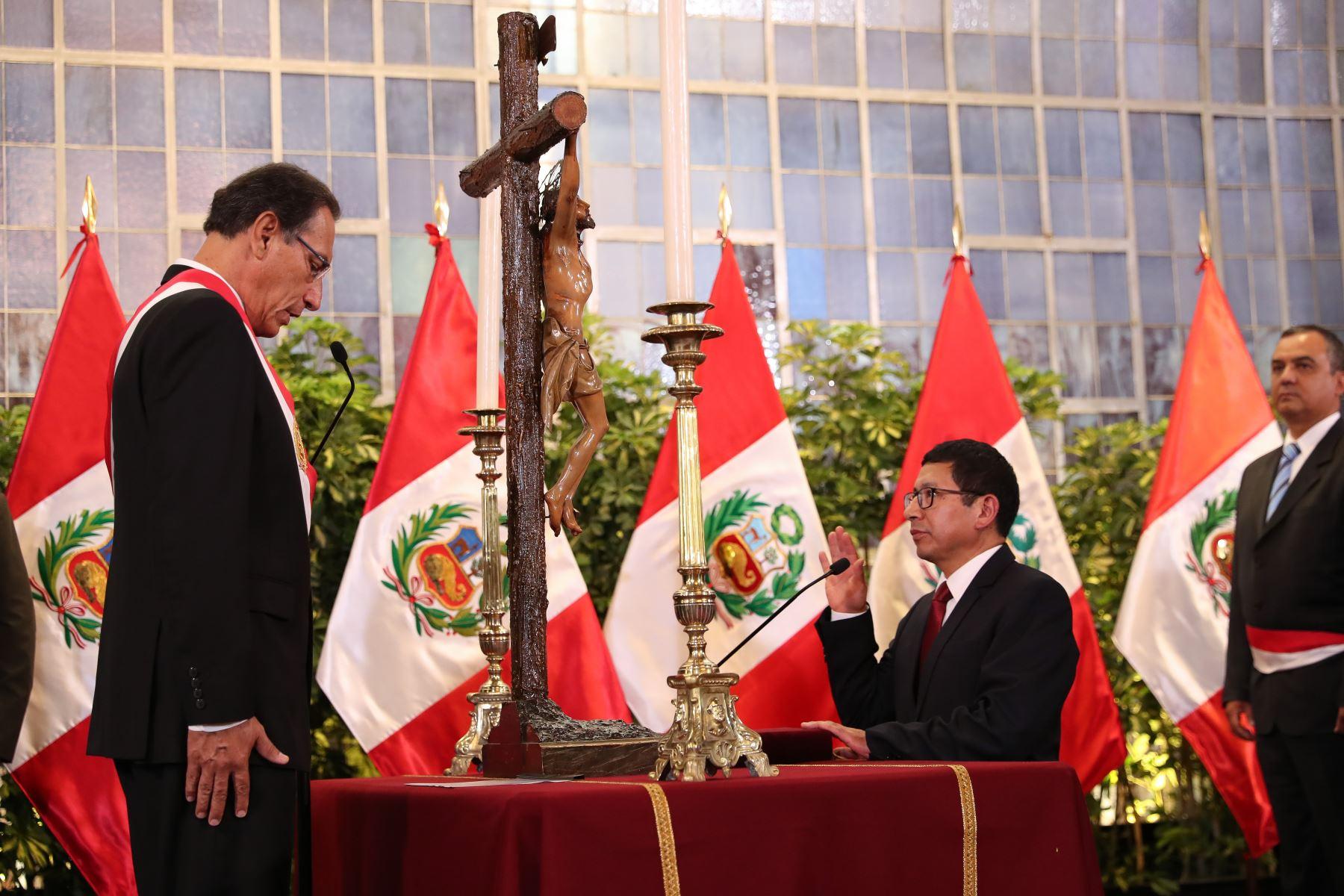Edmer Trujillo juramenta como ministro de Transportes y Comunicaciones. Foto: ANDINA/Prensa Presidencia