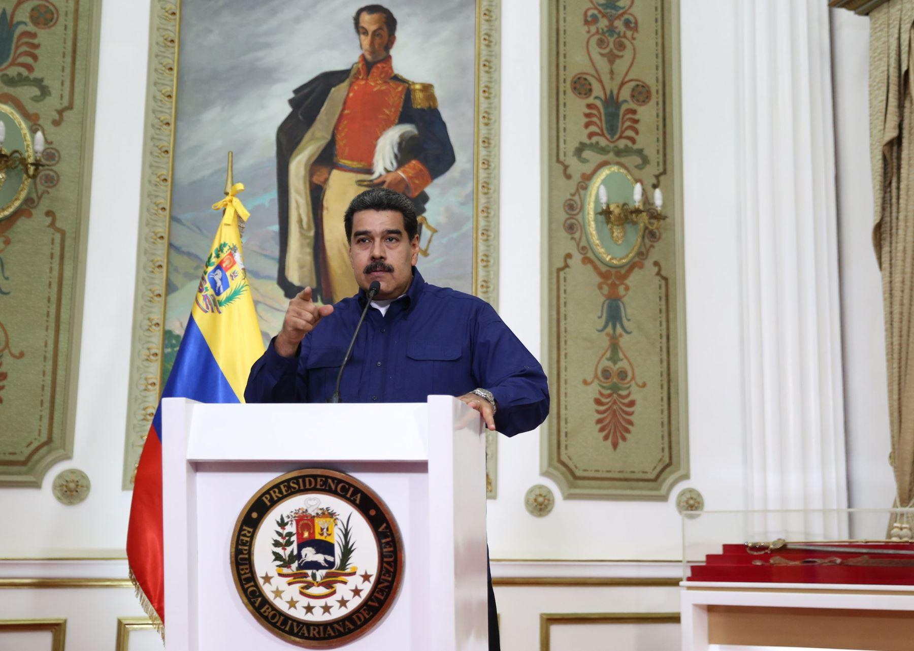"""Maduro acusa a Colombia de infiltrar \""""grupos terroristas\"""" en Venezuela"""