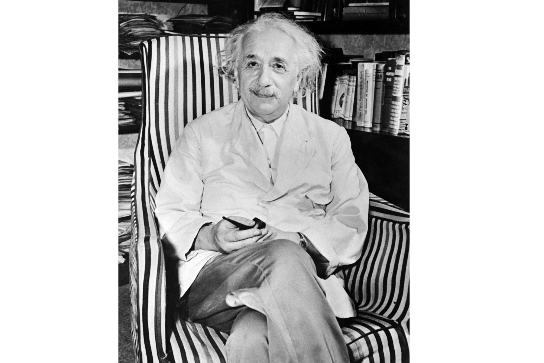 Retrato tomado en 1950 del físico de origen suizo-estadounidense Albert Einstein. Foto: AFP
