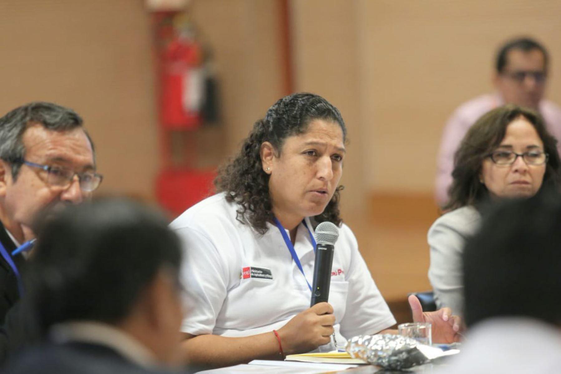Ministra de Agricultura y Riego, Fabiola Muñoz (centro). Foto: ANDINA/Difusión