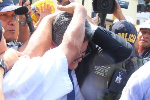 Llegada del fiscal José Domingo Pérez al penal de mujeres de Chorrillos