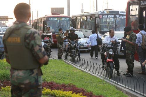 Megaoperativo policial en el CC de Chacarilla