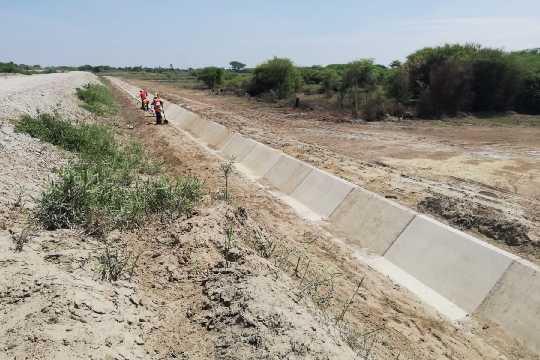 Ministerio de Agricultura y Riego supervisa avances en obras de infraestructura de riego en Piura. ANDINA/Difusión