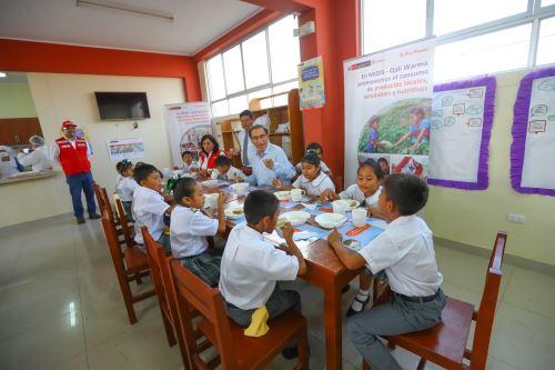 Presidente Vizcarra inspeccionó desarrollo de actividades escolares en IE Miguel Grau, en Cajamarca
