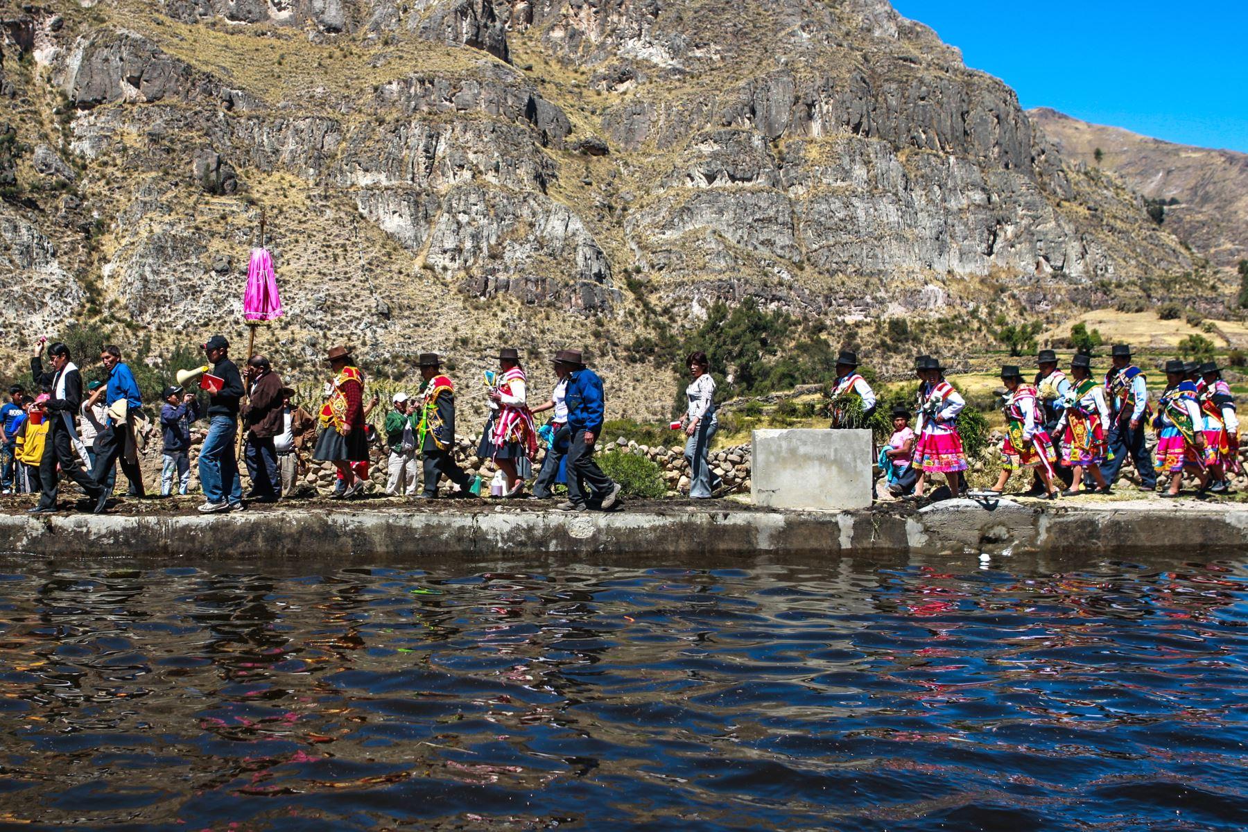 El Yaku Raymi (o Fiesta del Agua) es una de las fiestas que se celebran al agua y es una festividad principal del pueblo de Carmen Salcedo-Andamarca, ubicado en la provincia de Lucanas, región Ayacucho. Foto: ANDINA/Carlos Lezama