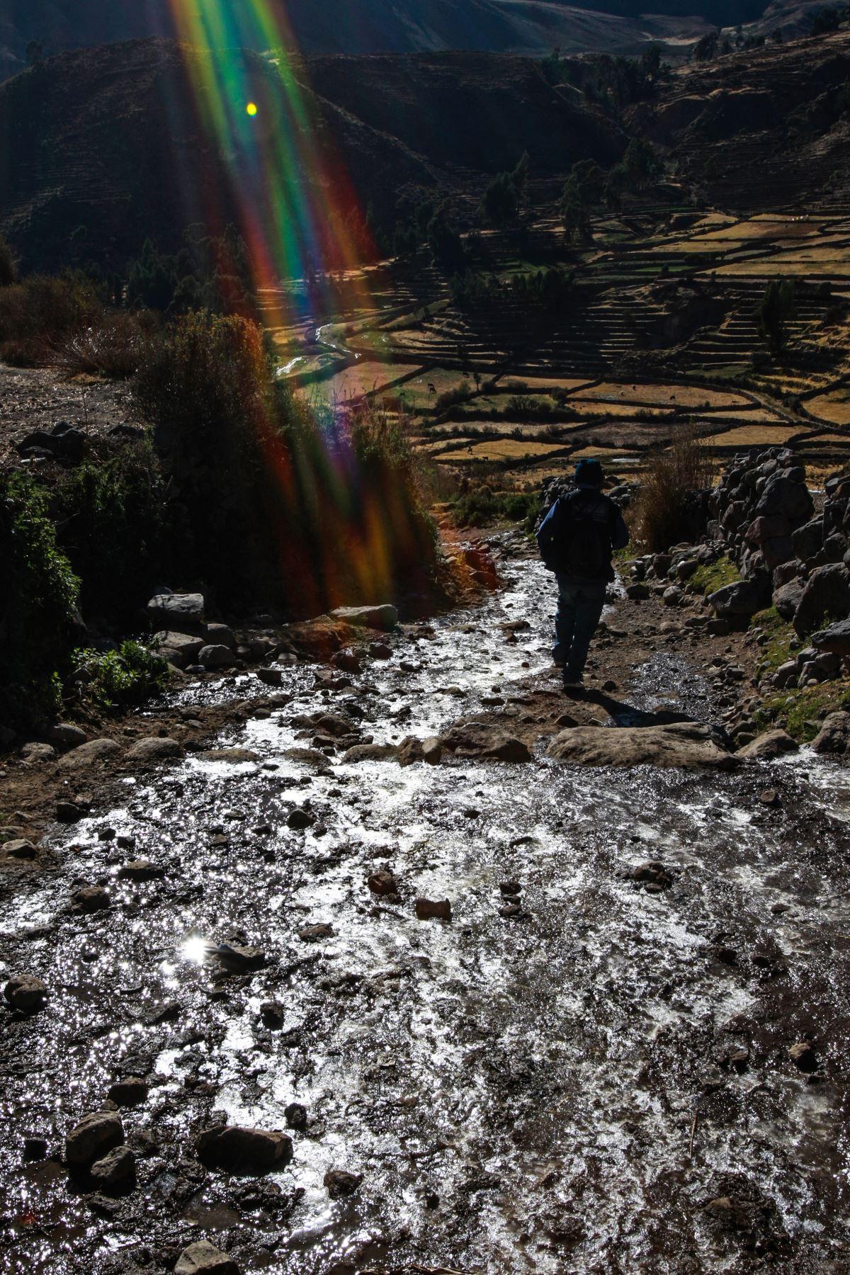 Desde tiempos ancestrales el mundo andino tuvo una relación especial con el agua. Sus lagos y ríos fueron considerados deidades y hasta hoy pervive esta tradición y se celebran fiestas en honor a estas fuentes. Foto: ANDINA/Carlos Lezama