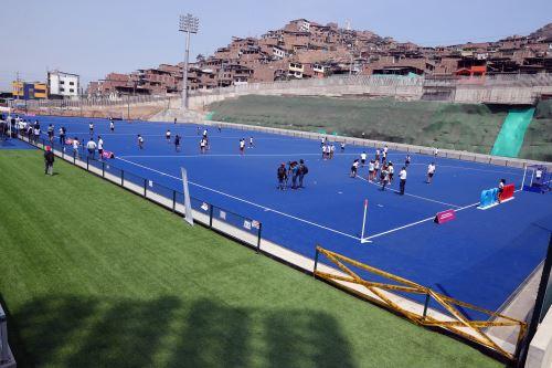 Lima 2019 entrega el campo de hockey en el Complejo de Villa María del Triunfo