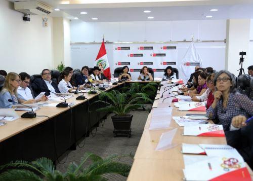 Mesa Tripartita para fortalecer los derechos laborales de las mujeres del país.
