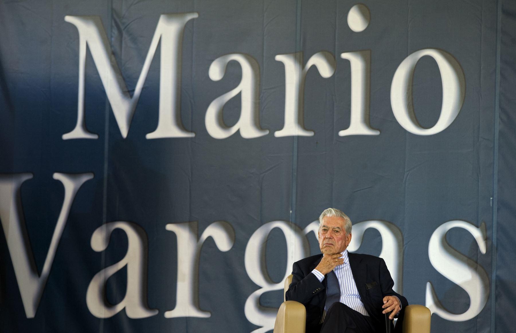 El premio nobel Mario Vargas Llosa nació en la ciudad sureña de Arequipa. Foto: AFP