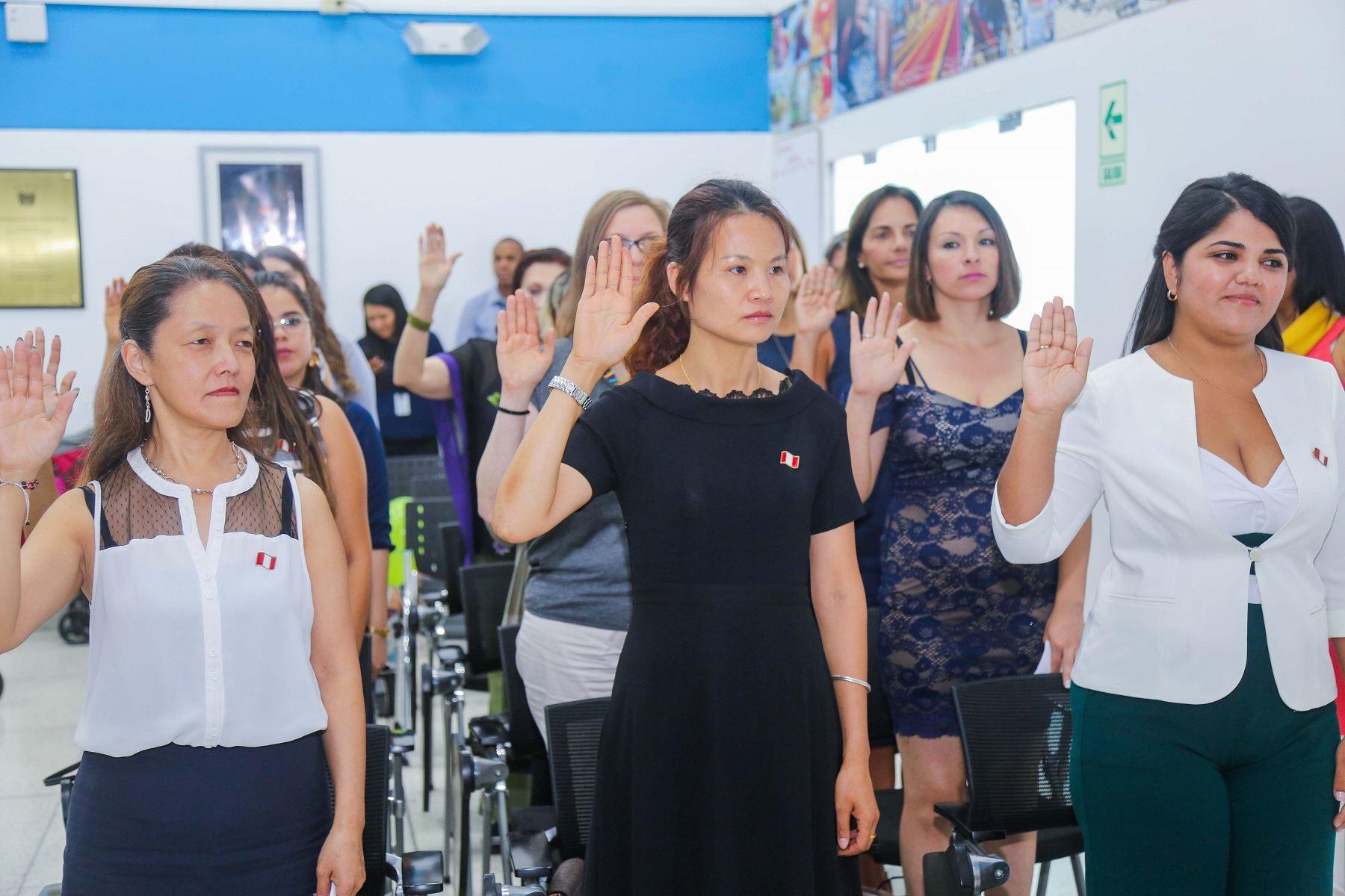 Más de 1500 extranjeros se nacionalizaron peruanos desde el 2016 Foto: Migraciones
