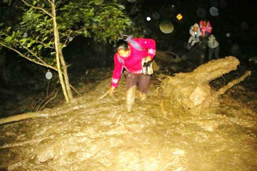 Huaicos, deslizamientos y activación de quebradas mantienen aislados a varios poblados del distrito de Paucartambo que conectan con la provincia de Oxapampa, en la región Pasco.