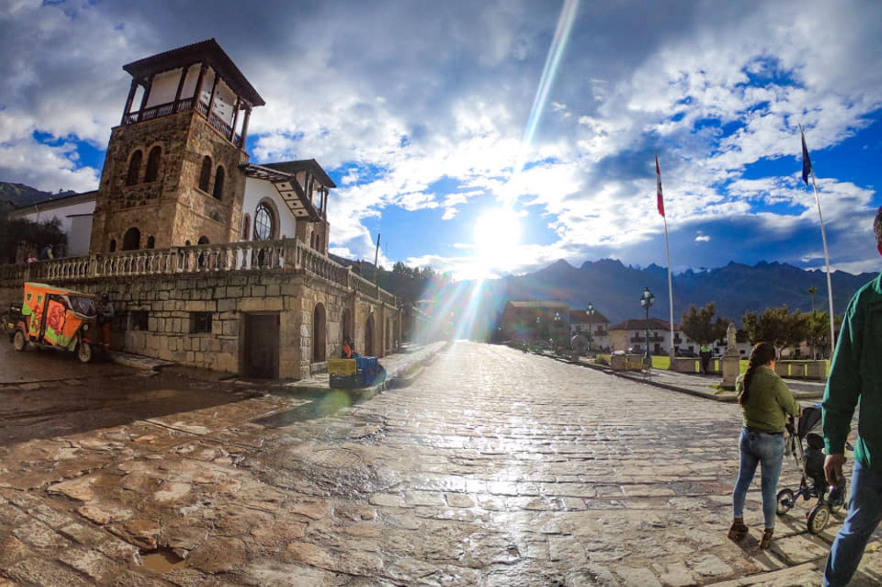 El distrito de Chacas, en la sierra de Áncash, es el lugar perfecto para combinar las actividades religiosas, el turismo y la artesanía. Foto: ANDINA/Gonzalo Horna