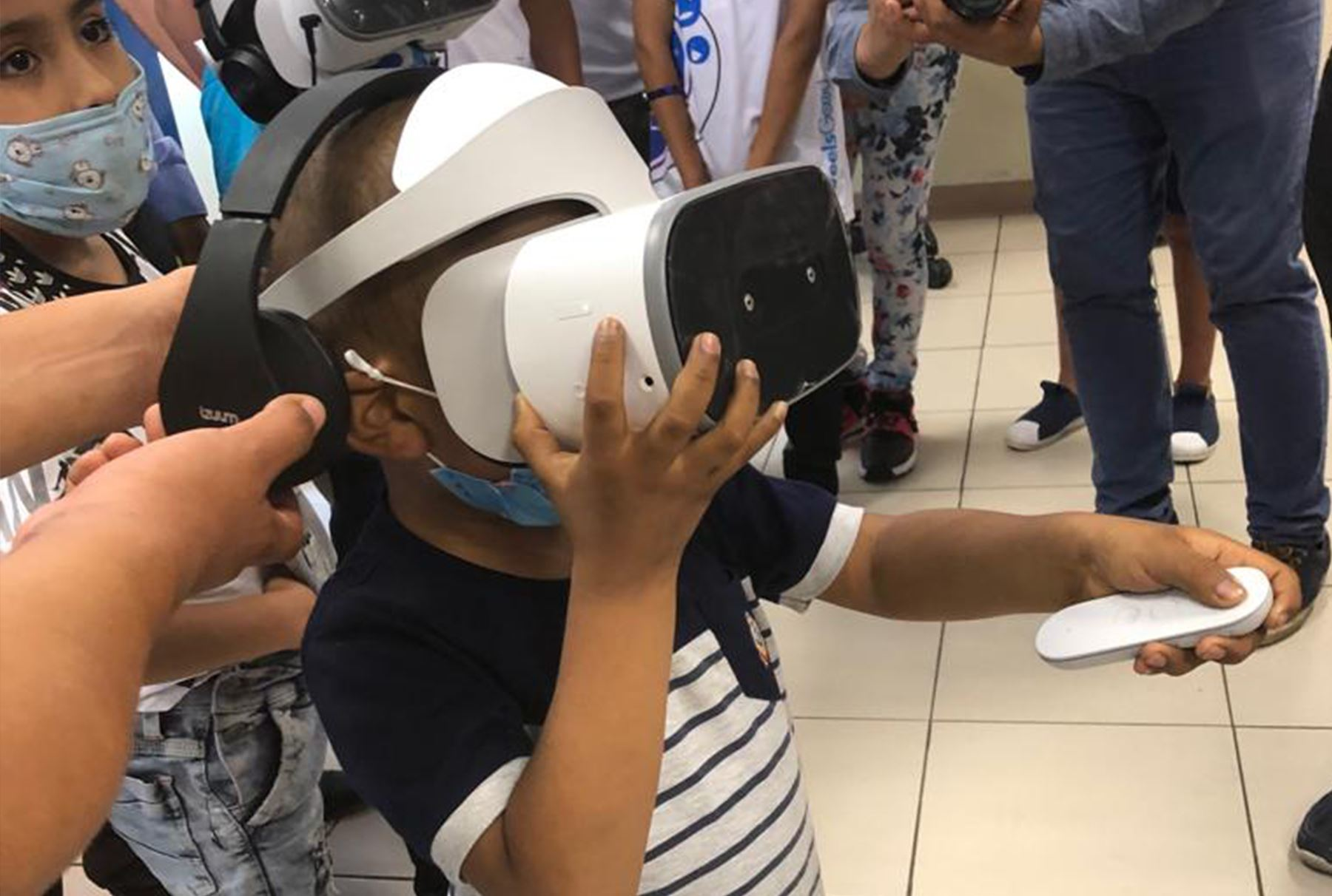 Los juegos en realidad virtual ayudan a reducir los dolorosos tratamientos del cáncer