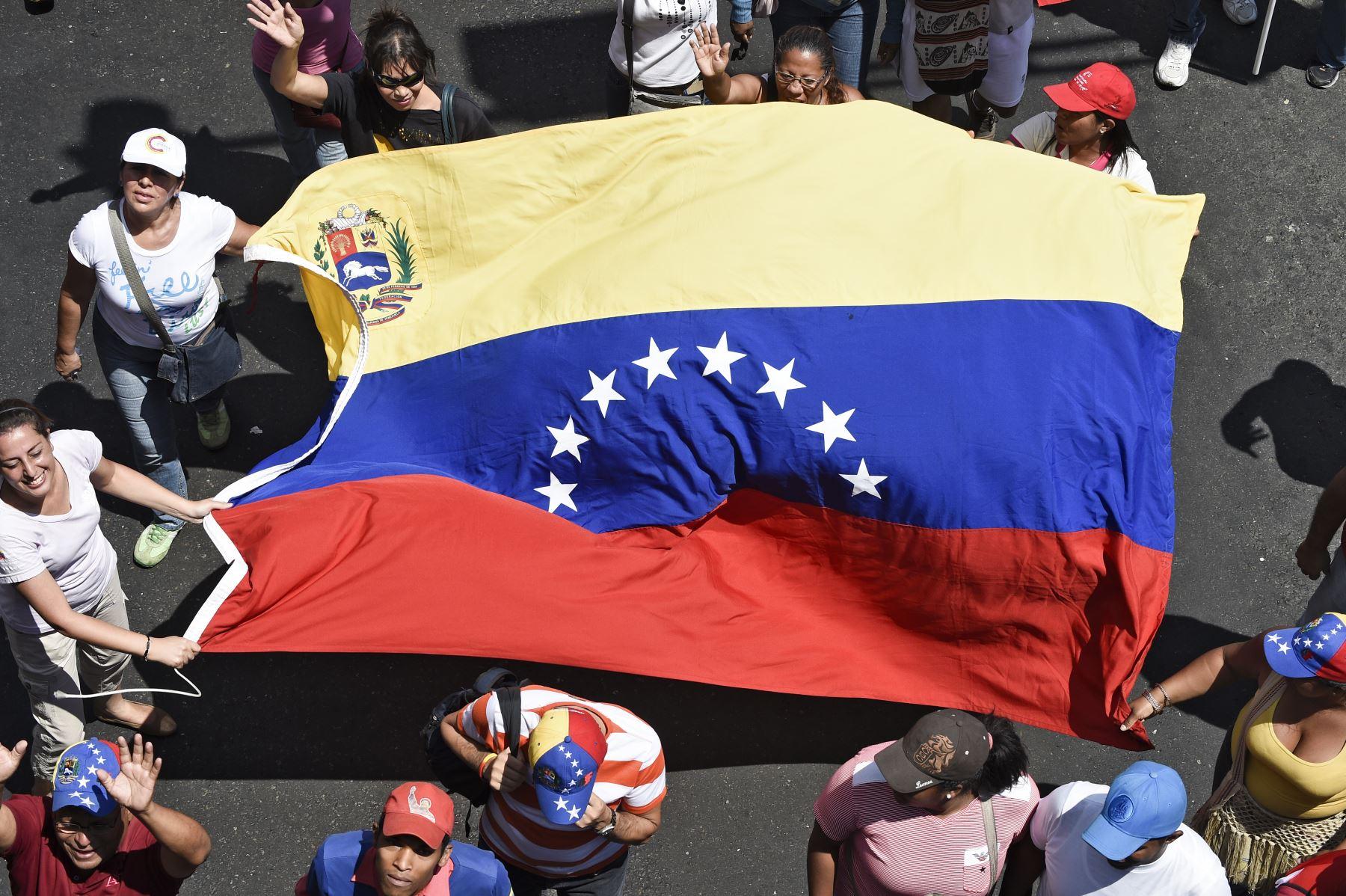 Maduro da ultimátum a embajadora de la Unión Europea