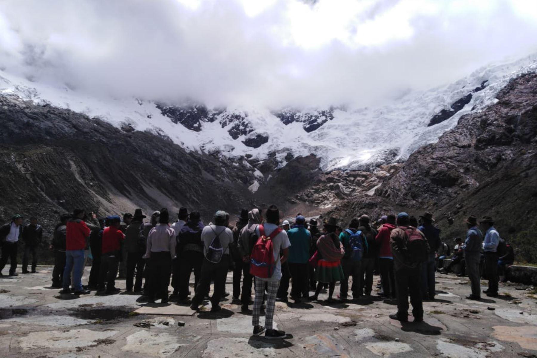 Comunidad campesina de Vicos renuncia a la minería ilegal y apuesta por el ecoturismo rural en el Parque Nacional Huascarán, en Áncash. ANDINA/Difusión