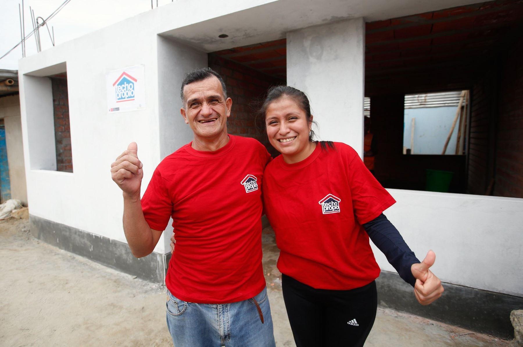 Programa Techo Propio beneficia a familias peruanas.