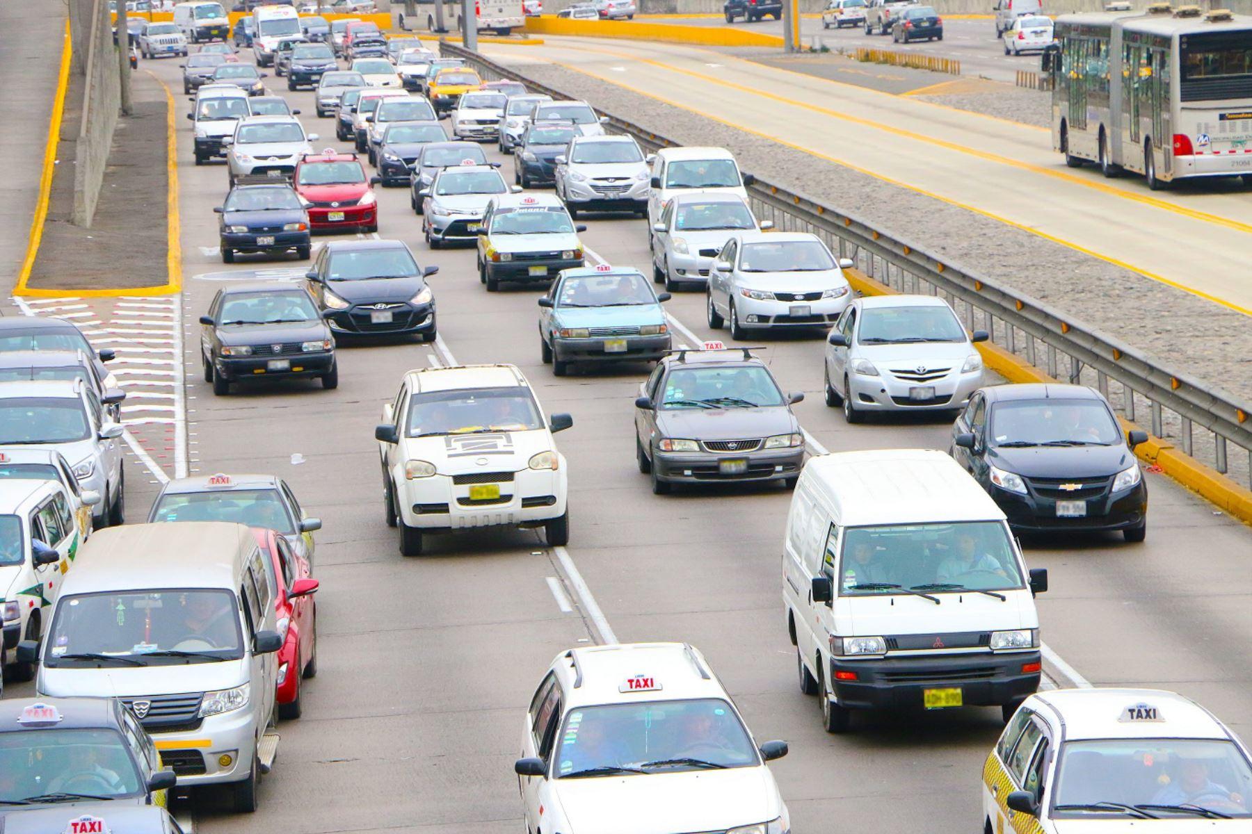 Modificaciones a características de vehículos deben ser registradas ante Sunarp. Foto: Andina/Difusión
