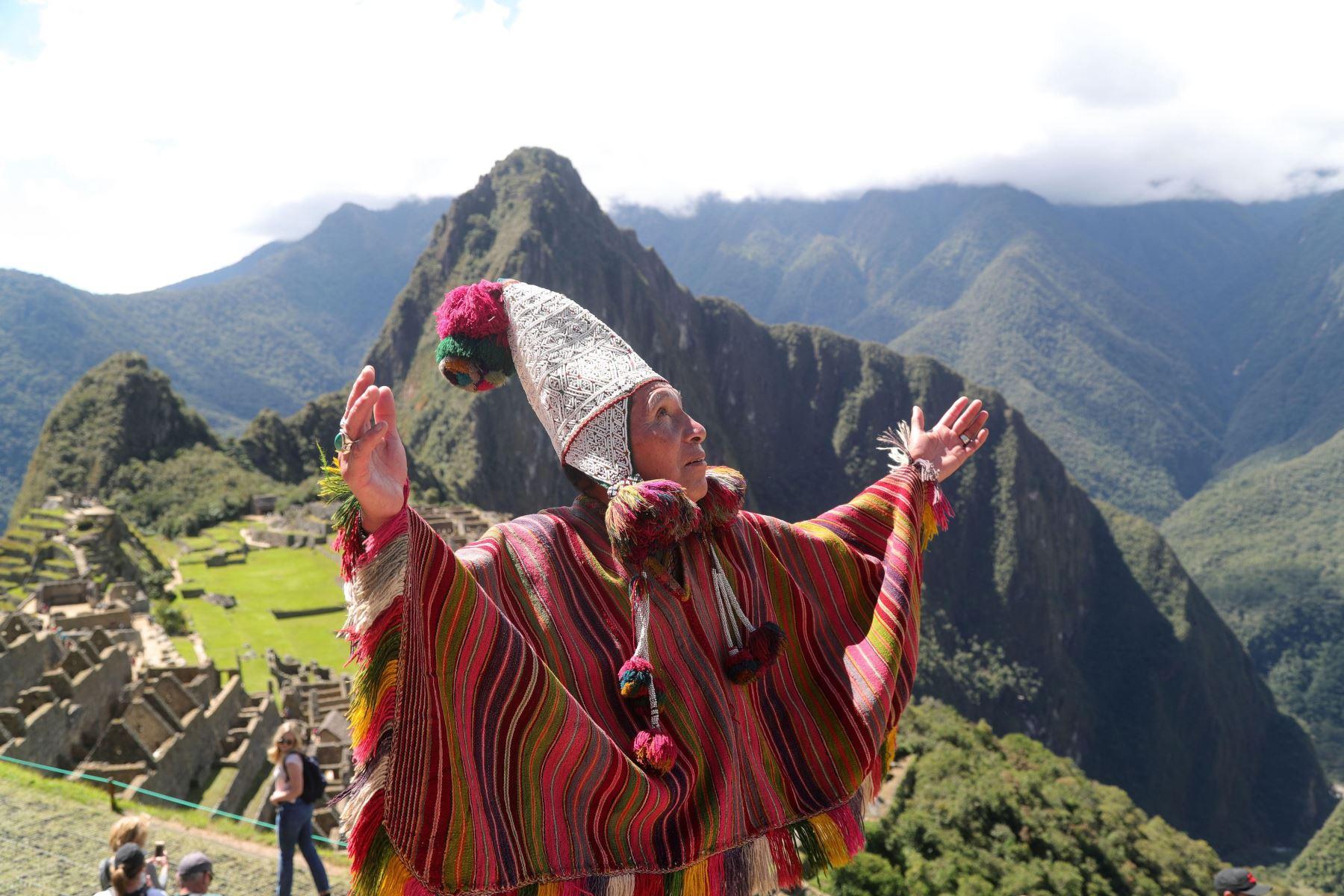 Peru - Page 6 000577631W