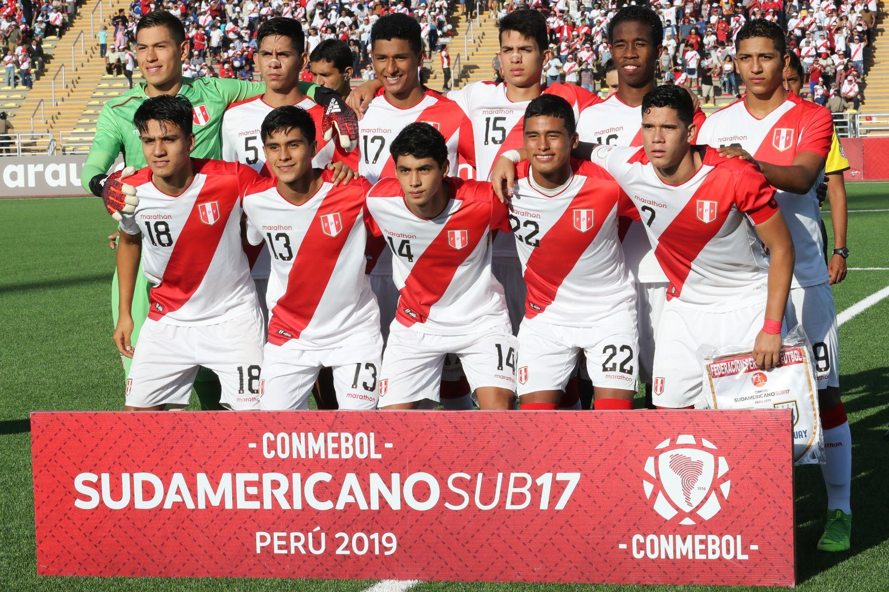 Perú derrotó por 3-2 a Uruguay con dos goles de Manuel Pinto y Daniel Llontop.  Foto: ANDINA/Juan Carlos Guzmán Negrini