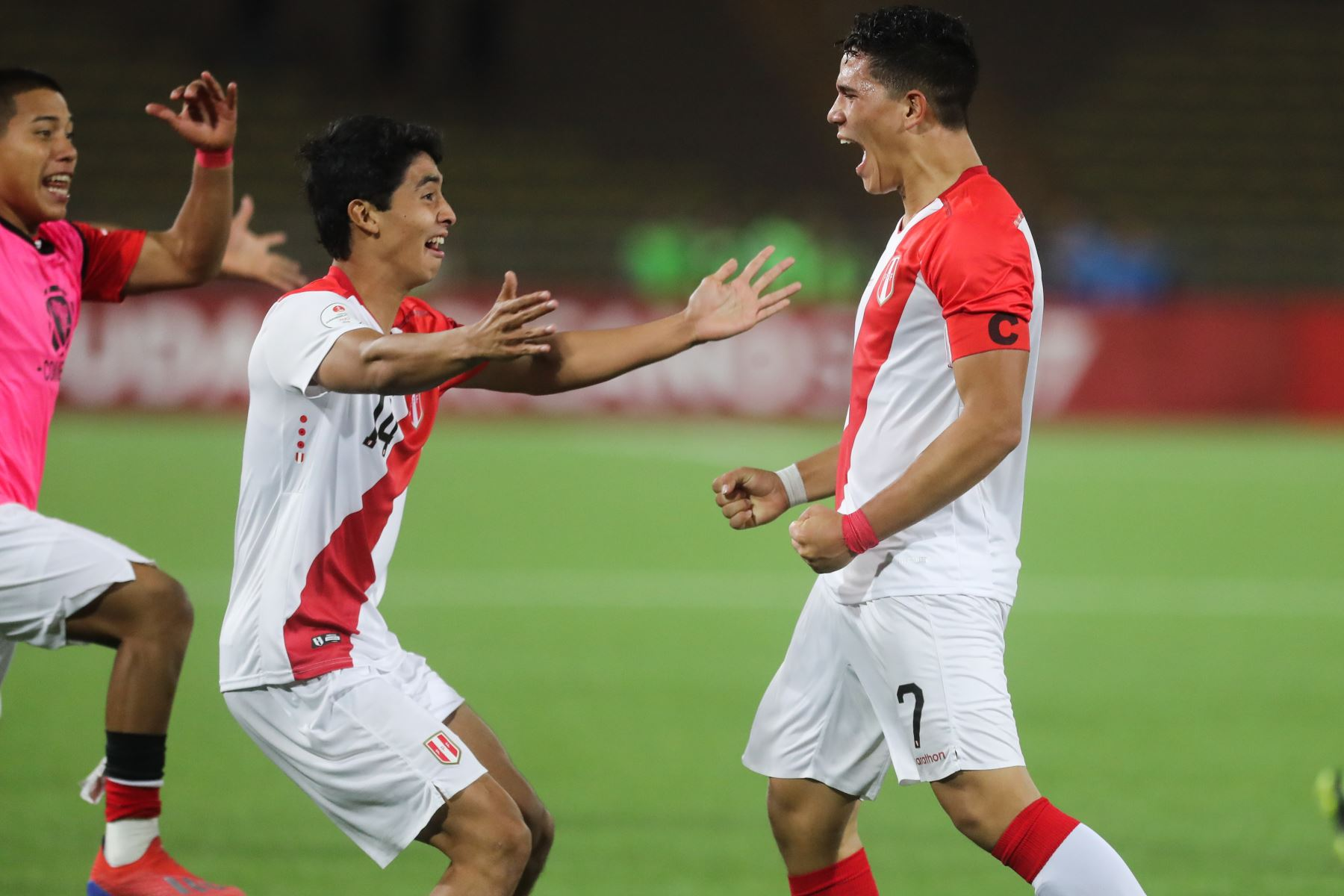 Perú derrotó por 3-2 a Uruguay con dos goles de Manuel Pinto y uno de Daniel Llontop.  Foto: ANDINA/Juan Carlos Guzmán Negrini