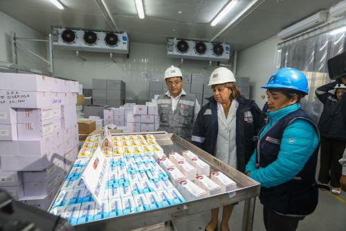 Ministerio de Salud distribuye más de 2 millones de vacunas para proteger a la población contra friaje y heladas
