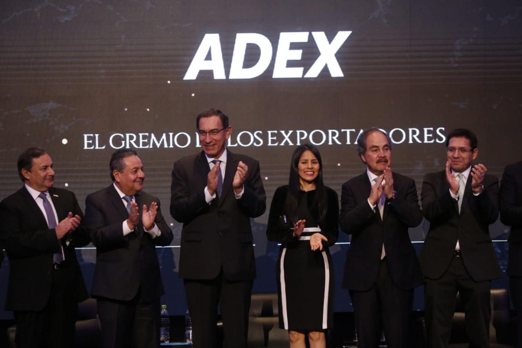 Presidente  Martín Vizcarra participa en la ceremonia de presentación del consejo directivo de la Asociación de Exportadores ( ADEX ).Foto: ANDINA/Prensa Presidencia