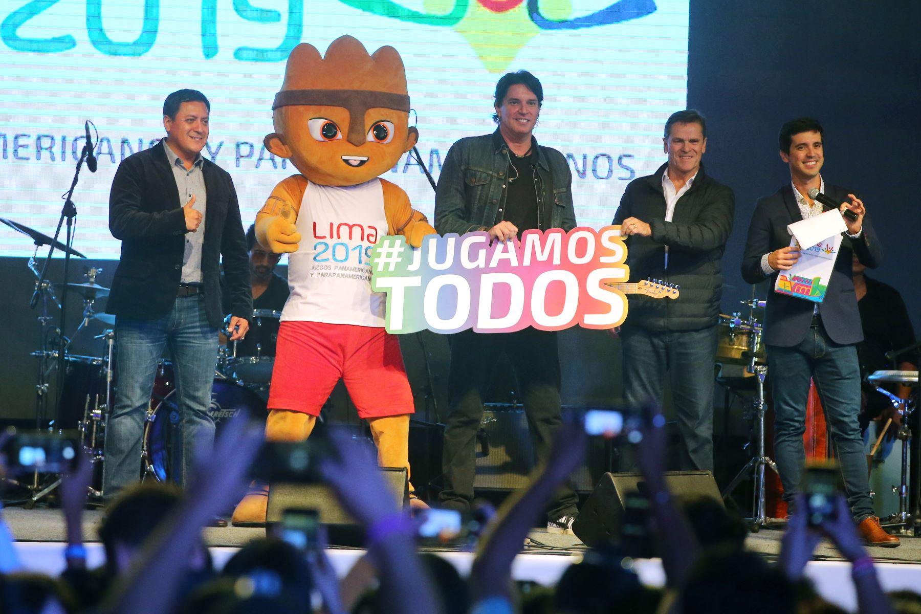 """El Comité Organizador de los XVIII Juegos Panamericanos y Parapanamericanos hacen el lanzamiento de la canción oficial """" Jugamos Todos"""" en el marco de la serenata a 100 días de los juegos Lima 2019. Foto: ANDINA/Vidal Tarqui"""