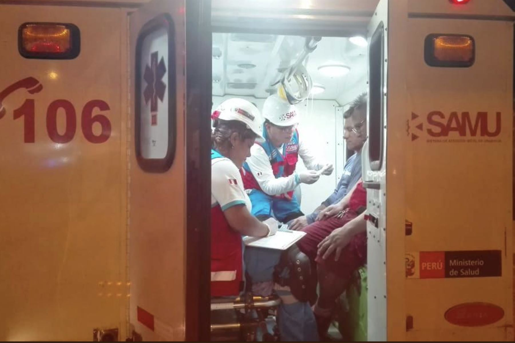 Según reporte del Servicio de Atención Móvil de Urgencia (Samu) los seis afectados fueron trasladados al hospital Sergio Bernales, de Collique, Foto: ANDINA/SAMU