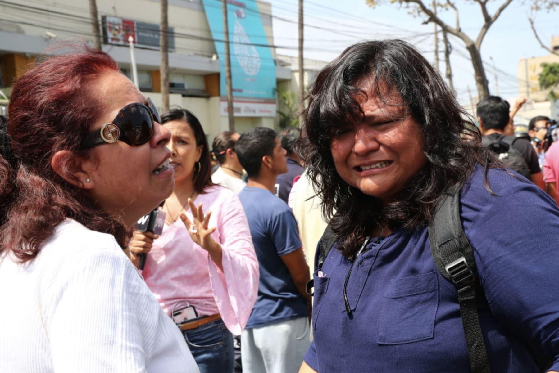 Apristas lamentan la muerte del expresidente Alan García. Foto: ANDINA/ Norman Córdova