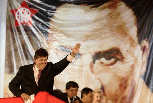 Alan García, imágenes de su segundo gobierno