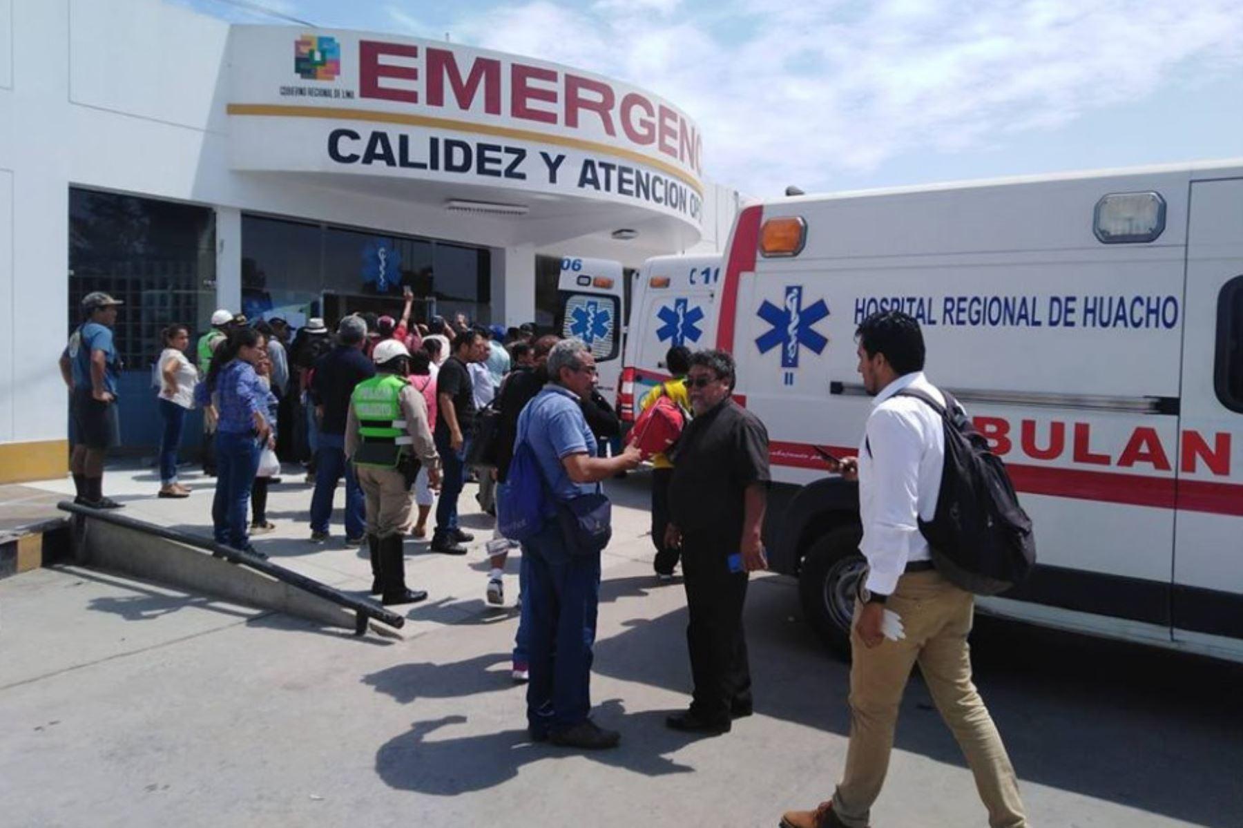 Huacho: dan de alta a 45 pacientes tras recibir atención en hospital regional