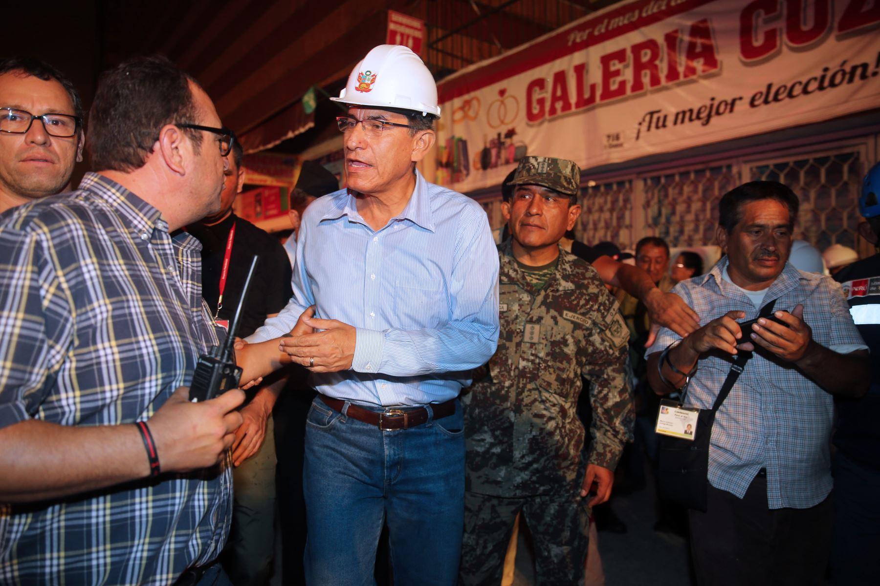 Mesa Redonda: Presidente Vizcarra supervisa acciones en zona de incendio. Foto: ANDINA/Vidal Tarqui