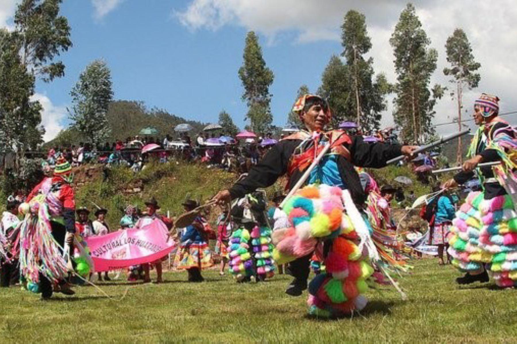 Hoy empezó la Fiesta de Pascua de Uripa 2019 (Apurímac), declarada Patrimonio Cultural de la Nación.